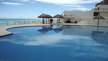 Cancun mexico vacation condos vacation condo rentals for Villas marlin cancun